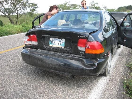 Honda Civic mit Unfallschaden hinten