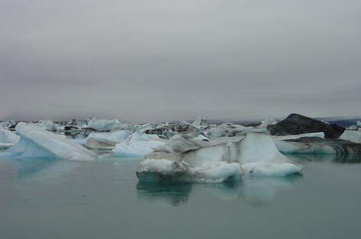 Eisschollen im Gletschersee Jökulsárlón