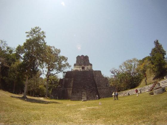 Temple auf dem Gran Plaza